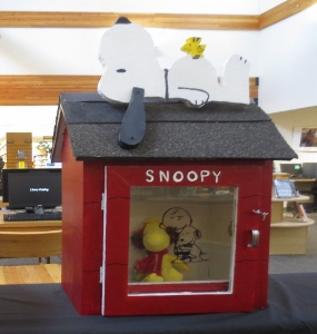 peanuts-themed little free library